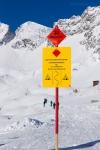 Кто знает немецкий, тот предупрежден о лавинной опасности.